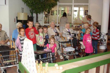 Kegelbahn-Turnier: Generationen treffen aufeinander