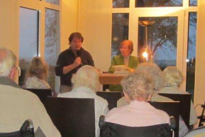 Literarischer Nachmittag im CURA-Café Heiligenhafen