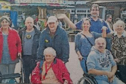 Bewohner vom Cura Seniorencentrum Emden besuchten das Delftfest