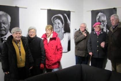 """""""Du und dein (W)ORT – Porträts grenzenlos"""" .. … Senioren besuchen ein Kunstprojekt."""
