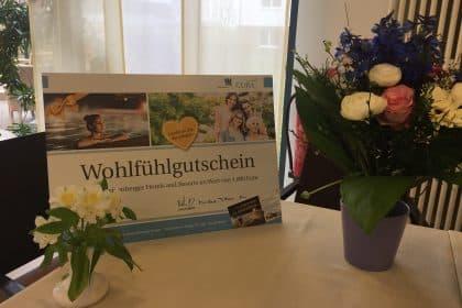 Besucherin des Cura Seniorencentrums Bergedorf gewinnt 1000€ Gutschein!!!
