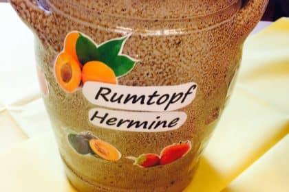 """Der Rumtopf """"Hermine"""" zieht bei uns ein!"""
