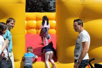 Luftsprünge, Bauchtanz und mehr … -Sommerfest im Maternus Seniorencentrum Bonifatius