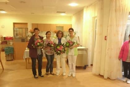 Die Mitarbeiter vom Maternus Stift feiern gemeinsam mit den ehemaligen Kollegen!