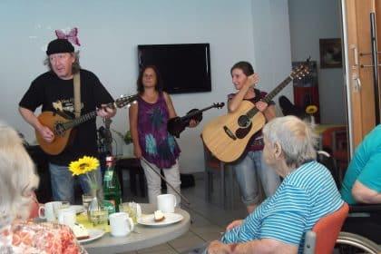 Fragile Matt – Irish Folk zu Gast im Cura Seniorencentrum Gladbeck