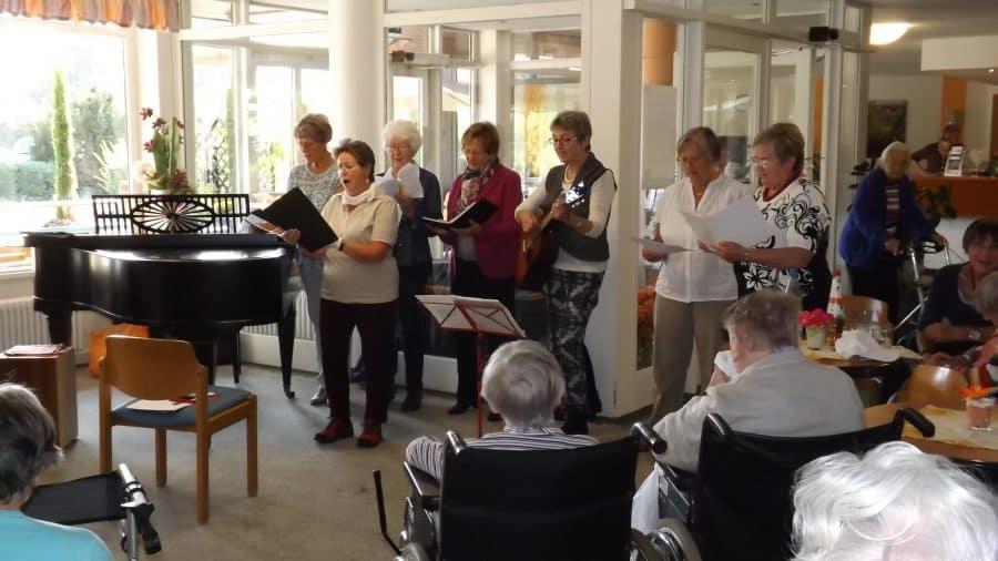 Wieder Erfreulicher Besuch Vom Wohnzimmerchor Maternus