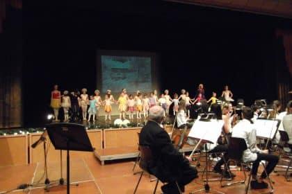 Das Weihnachtskonzert in der Stadthalle Gladbeck – ein Highlight für die Senioren des Cura Seniorencentrums