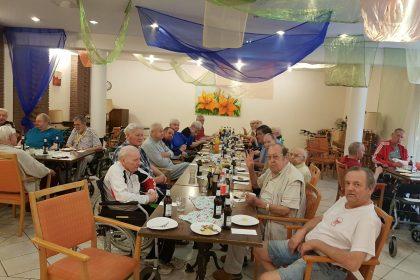 Sozialer Dienst veranstaltet Muttertags- und Vatertagsfeier im Cura – Seniorencentrum Gelsenkirchen