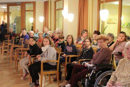 Mächtig viel Theater im Cura Halle Lutherbogen