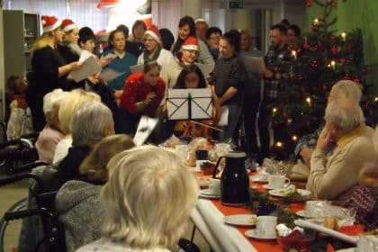 Bewohner feiern Weihnachten