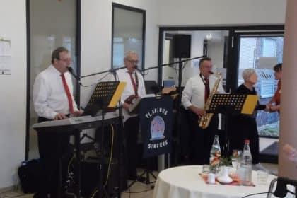 Besuch der Flamingo Singers im Cura Bergedorf