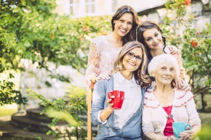Ein Hoch auf unsere Frauen- Frauentag im Seniorencentrum Schönheide