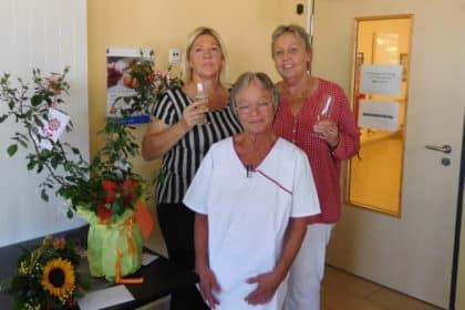 Treue Mitarbeiterin nimmt nach 30 Jahren Pflege Abschied von der CURA!