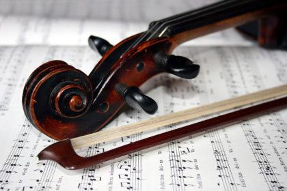 Mit Geigenspiel und Gesang in den Herbst